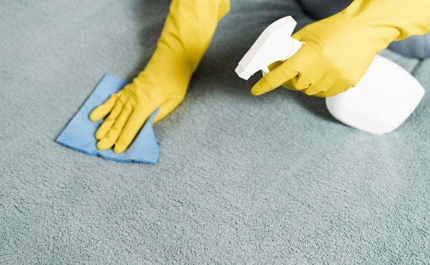 Staining carpet
